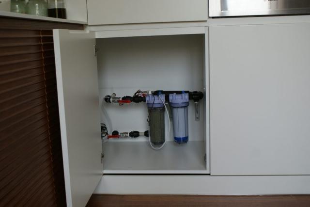 Система за обеззаразяване на питейна вода с дебит до 10 л/мин
